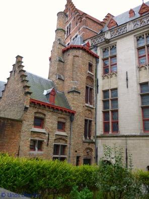 Walking around Brugge