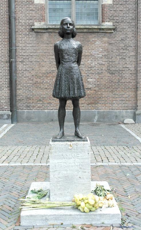 En honor a Ana Frank