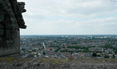 Y a lo lejos Amsterdam
