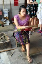 Women Weaver, Casa flor Ixcaco