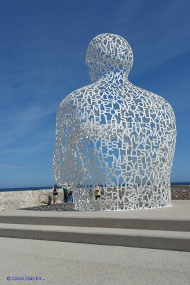 Nomade by Jaume Plensa